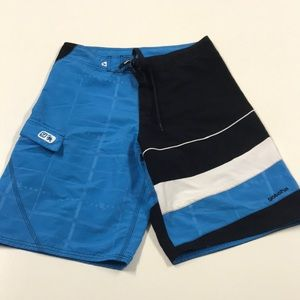 GOTCHA Mens 30 Blue Black White Board Shorts